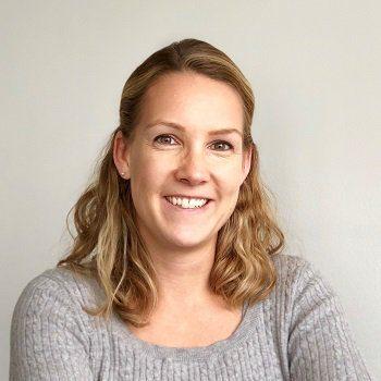 Franziska Buehler Headshot
