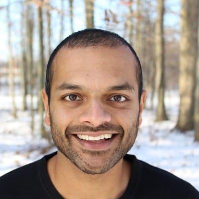 Raj Subrameyer headshot